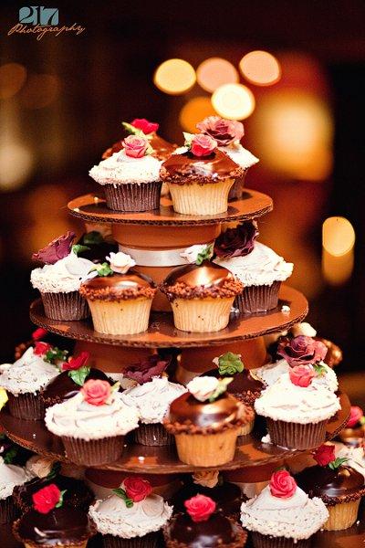 Cupcake Wedding Cakes For Your Beach Wedding Reception