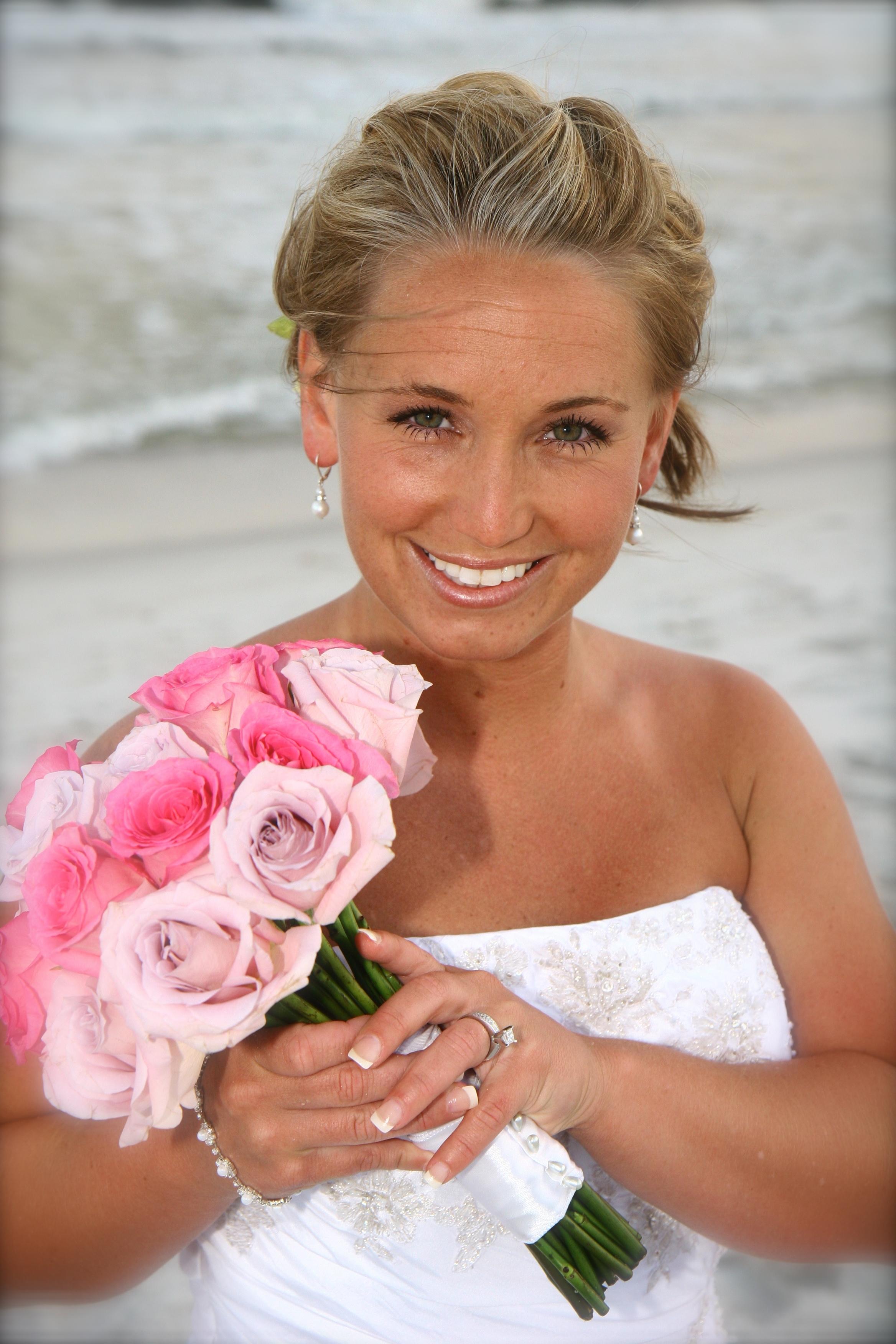 Real Navarre Beach Wedding Holly And Christopher Destin Beach Weddings In Florida