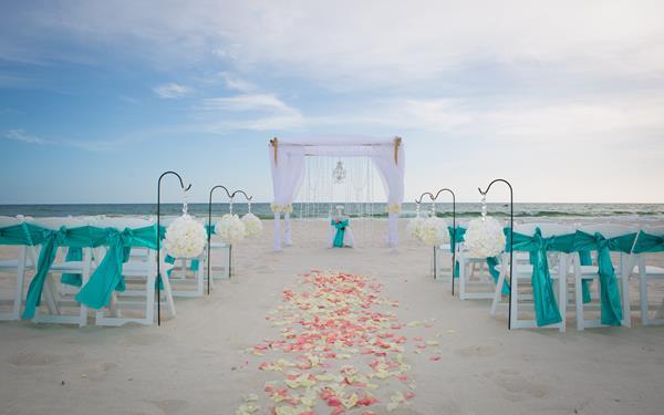 0R2B0010 2 - beach wedding destin fl