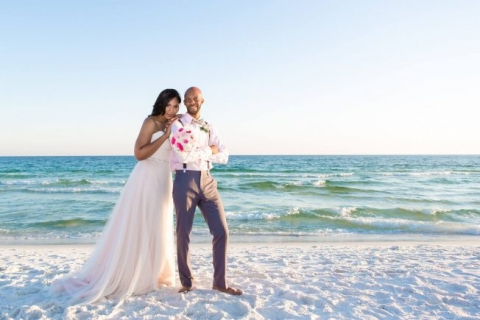 beachweddinggroomandbride