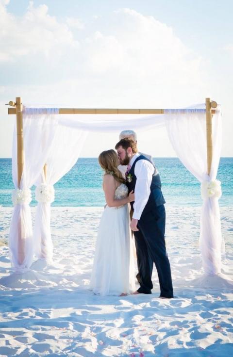 first kiss destin beach wedding