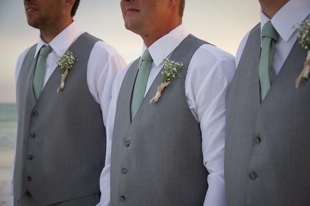 groom-mint-destin-beach-ceremony