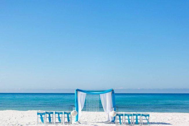 best beach wedding decorations in Destin