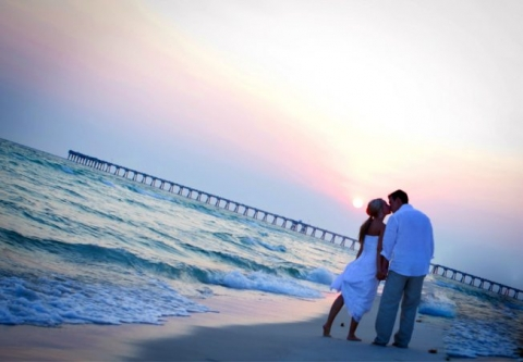 Sunset beach wedding in Destin Florida